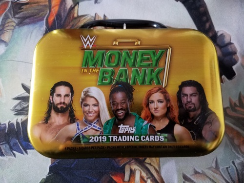 2019 Topps WWE Money in the Bank Tin